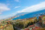 Boom di turisti a Napoli. Il Sindaco De Magistris esulta