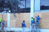 NEWS. Il potente uragano Mattew non si placa. Evacuate le coste della Florida e Carolina del sud