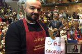 Napoli: realizzata la statuina di George Michael per il presepe
