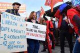 """TIM la rivolta dei lavoratori. Il 25 febbraio Manifestazione Nazionale a Roma: """"Da mesi stiamo lottando per difendere diritti e salari"""""""