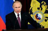 """Stati Uniti sferra raid sulla base aerea siriana. Putin risponde: """"Aggressione è un falso pretesto"""""""