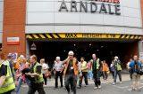 Manchester nel mirino: esplosione in un centro commerciale