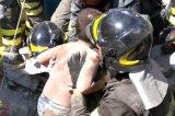 """NEWS Ischia Terremoto. Estratto il secondo fratellino. I Vigili del fuoco postano la foto: """"Il momento in cui Mattias è rinato"""""""
