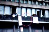 Roma, Polizia sgombera Piazza Indipendenza, è guerriglia con lancio di bombole. Non tutto è ciò che sembra