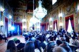 """Video/ Quirinale, il Presidente Mattarella a tu per tu con gli studenti: """"Mai piegarsi alla violenza della prepotenza"""""""