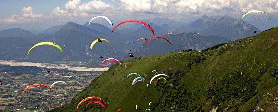 Friuli, Gemona. La Coppa del Mondo di volo parapendio, spettacolo tra le nuvole dal 24 al 30 giugno