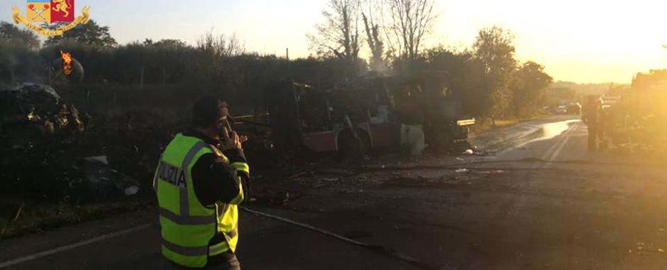 """Incendio Salaria. Al Sant'Eugenio 7 feriti in prognosi riservata, D'Amato: """"Massima assistenza"""""""