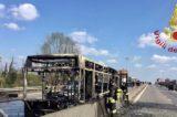 Alta tensione a San Donato Milanese. Carabinieri salvano 51 ragazzini, uomo sequestra il bus e lo incendia con loro a bordo